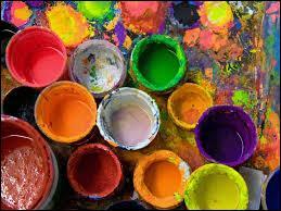 Art - Le kaki est une couleur jaune-vert, pouvant tirer vers le brun. La couleur fait partie des couleurs :