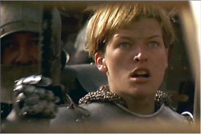 Parlons de Jeanne d'Arc. La thèse officielle est qu'elle serait morte à Rouen, brûlée vive. Mais certains historiens doutent encore. Pour eux, que lui serait-il arrivé ?