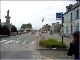 Village breton à vocation ostréicole et mytilicole, Saint-Benoît-des-Ondes, sur la route reliant la Baie du Mont-Saint-Michel à Cancale, se situe dans le département ...