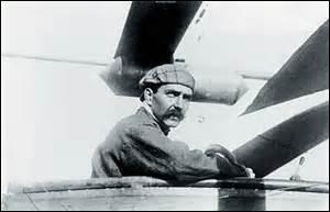 Je suis né le 2 janvier 1880 à Paris. Diplômé de Supelec (École supérieure d'électricité), je deviens constructeur d'avions et suis un des fondateurs de la compagnie  Air-France . Décédé le 4 mai 1955 à Saint-Germain-en-Laye, je repose dans la division n°11. Qui suis-je ?