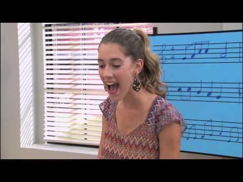 Quelle est cette chanson que Angie chante ?