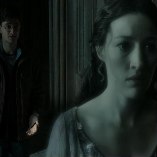 À force de sortir la nuit, on finit par rencontrer les fantômes.   Sauf si l'on a :
