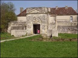 Cussac-Fort-Médoc, commune Girondine fortifiée par Vauban, se situe en région ...