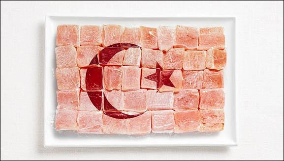 Ce drapeau est fait à base de loukoum. Quel pays représente-t-il ?