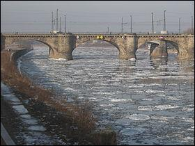 Comment les Romains nommaient-ils le fleuve Elbe ?