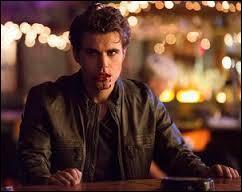 Comment Stefan se fait-il nommer quand il tue des gens ?