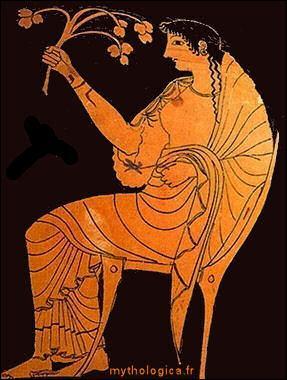 C'est la déesse du foyer, et la reine de l'art pictural sur le site !