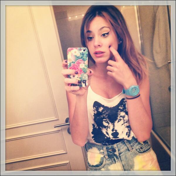 Quel est le @ du compte Instagram (réseau social) de Martina ?