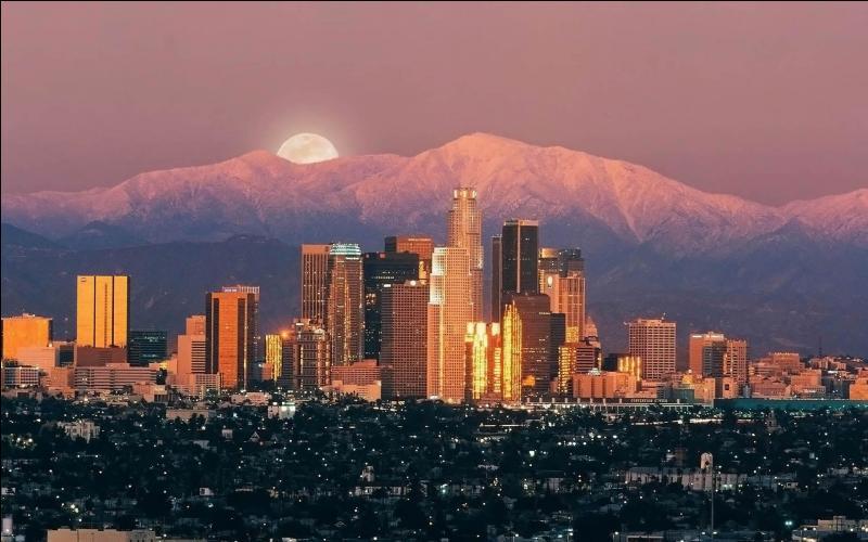 Quelle est cette ville, berceau du mythe hollywoodien ?
