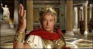Dans le film  Astérix aux jeux olympiques  qui jouait le rôle de Jules César ?