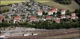Voici la commune Nivernaise de Saincaize-Meauce vue du ciel. Elle se site en région ...
