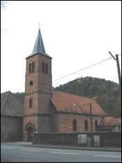 A votre avis, la commune lorraine de Sturzelbronn se situe dans le département ...