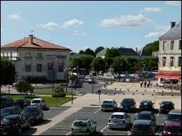 Nous partons visiter la commune picto-charentaise de Surgères. Nous serons dans le département n° ...