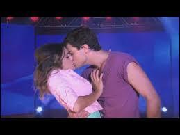 Quand Diego a-t-il embrassé Violetta ?