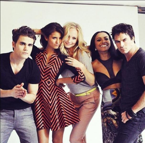 Quelle actrice incarne le rôle d'Elena ?