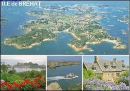 Je vous emmène sur l'Ile de Bréhat. Nous serons en Bretagne, dans le département ...
