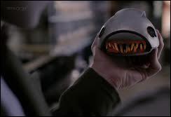 Les cybermen contrôlent de mignonnes créatures : les cybermats ! Un croisement entre un rat, une larve et un robot. Ils sont très vivaces et ont des dents acérées. Les cybermen (et les cybermats, à savoir) sont faibles face :