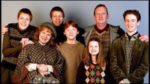 Qui est l'aîné de cette famille irréprochable ?
