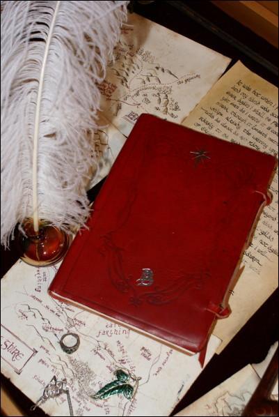 Comment se nomme le récit dont Bilbon est l'auteur ?