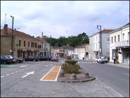Nous sommes dans la commune Girondine de Belin-Beliet. Nous nous situons en région ...