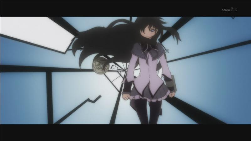Combien de fois Homura retourne dans le temps (incluant le présent, mais pas le nouveau monde. ) ?