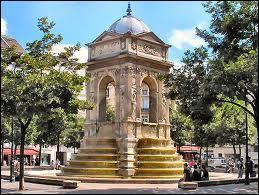 Quels sont les noms et prénoms de ce sculpteur français, qui a réalisé les nymphes de 'La fontaine des Innocents  ?