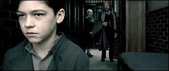 Dumbledore ignorait que Tom Elvis Jedusor deviendrait le plus grand mage noir de tous les temps.