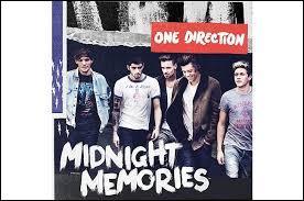 Quelle est la date de sortie du troisième album  Midnight Memories  ?