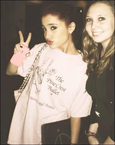Qui Ariana Grande dit les aimer ?