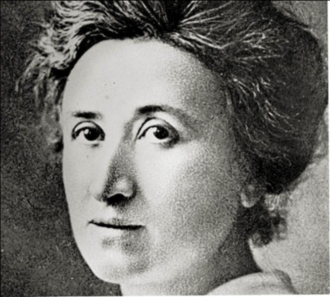 Troisième chapitre,  Socialisme, communisme et syndicalisme en Allemagne depuis 1875 . Par quel parti l'une des dirigeantes du parti communiste allemand (KPD), Rosa Luxemburg, fut-elle assassinée en 1919 ?