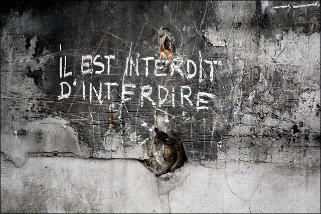 Quatrième chapitre,  Médias et opinion publique en France depuis l'affaire Dreyfus . A quel grande crise politique le slogan  Il est interdit d'interdire  renvoie t-il ?