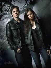 De quelle fille Damon est-il amoureux en dernier ?