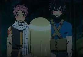 Pourquoi Grey et Natsu regarde Lucy comme ça ?