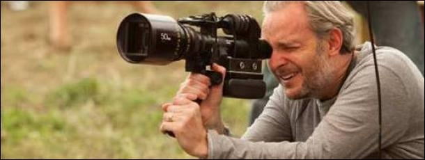 Qui en est le réalisateur ?
