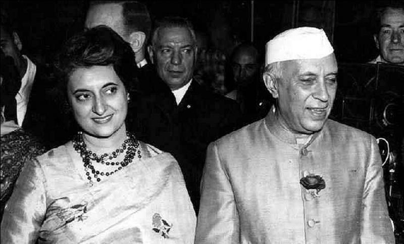 Cette femme porte le nom d'un des plus grands humanistes de son pays. Elle est la fille du premier « Premier ministre » de son pays et le fut elle-même. Comme ces deux personnes, elle fut assassinée. Qui est cette femme ?