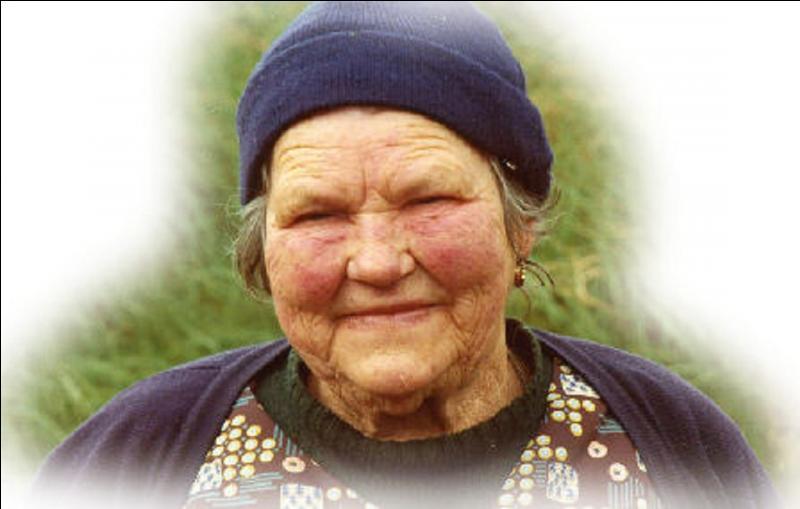 Bien sûr vous connaissez cette personne, madame, Jeanne Marie Le Calvé ! Bien sur, « Ch'est ben vrai cha » ! Retrouvez le nom de « scènes » de cette « Vedette » !