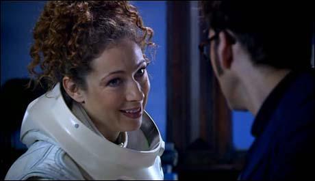 Dans l'épisode  Bibliothèque des ombres  ( Silence in the library ), qui le Docteur rencontre-t-il pour la 1ère fois ?