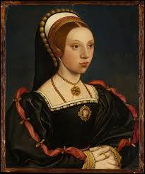 Comment s'appelait la cinquième épouse d'Henri VIII, qui fut décapitée à l'âge de 20 ans pour inconduite ?