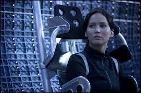 Quand ils se retrouvent dans l'hovercraft, qu'apprend Katniss ?