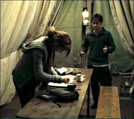 Du coup, que fait Hermione ?