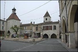 Je suis à Tournon-d'Agenais. Cette commune d'Aquitaine se situe dans le département ...