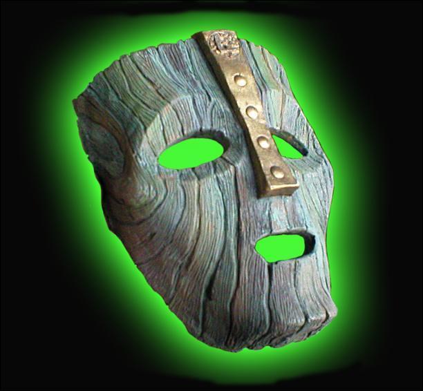 Selon un spécialiste, quel dieu a été enfermé dans le Mask?