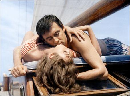 Quelle actrice jouait dans le film  Plein soleil  réalisé par René Clément aux côtés d'Alain Delon ?