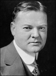 Quel service incontournable Edgar J. Hoover a-t-il créé aux USA avec l'aide de son bras droit Clyde A. Tolson ?