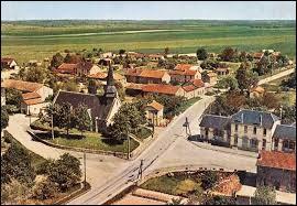 Nous restons en Champagne-Ardenne mais cette fois-ci nous partons à Souain-Perthes-lès-Hurlus. Ce village de l'arrondissement de Châlons-en-Champagne se situe dans le département n° ...