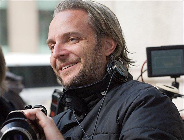 Qui est le réalisateur du second film «Hunger Games : Catching Fire» ?