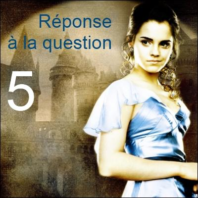 Répondez là où le numéro est indiqué ! Pour la question 1, il faut répondre à la question 6 : Référez-vous aux images ! (Autre exemple : les propositions de la question 4 sont pour la question 2). Le cerveau de Goyle n'est pas comme le vôtre. On y va : qui est le fils de Perceval et de Kendra ?