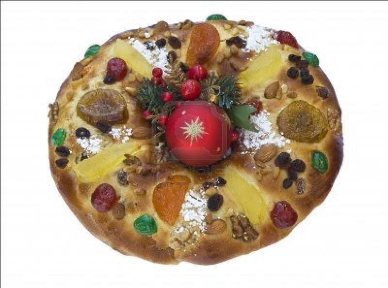 Le  gâteau du roi  ou Bolo Rei est :