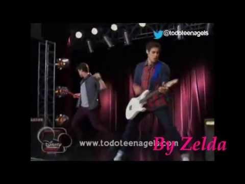 Que chantent León et Diego sur cette photo ?