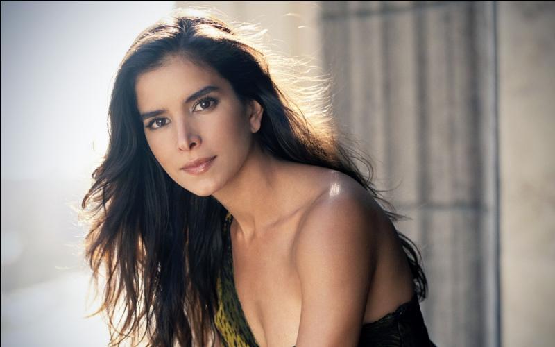 Qui est cette actrice et mannequin originaire du Vénézuela qui apparaît dans  Le jaguar , avec Jean Reno et Patrick Bruel ?